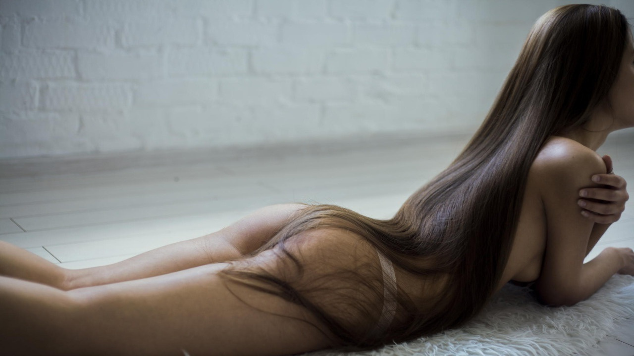 Are Men Unattracted To Super Long Hair