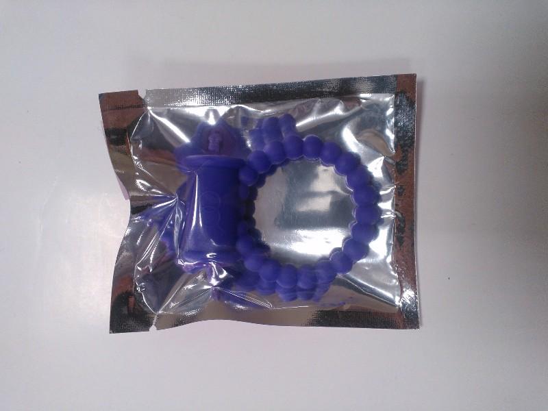 Эрекционное кольцо с вибрацией фиолетовое