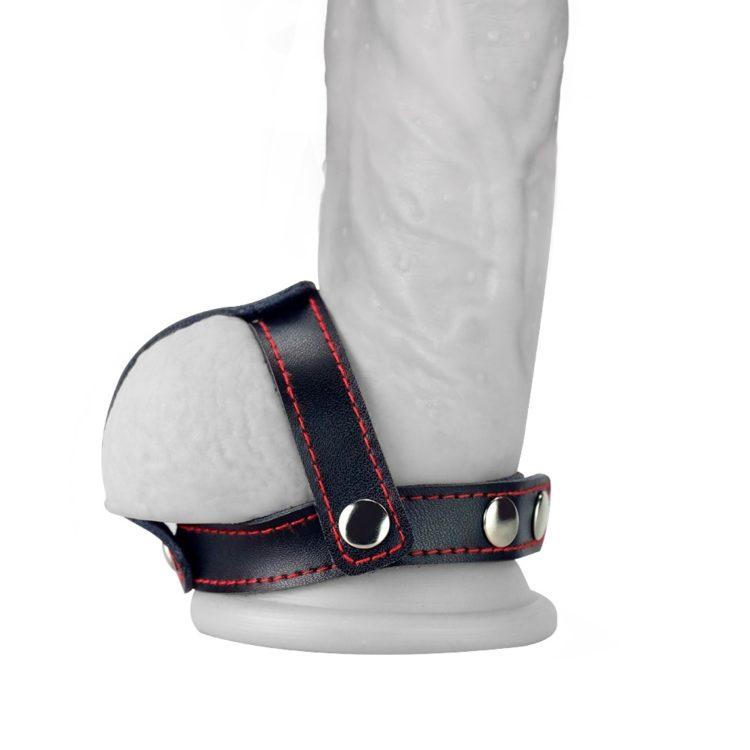 Утяжка на пенис с разделителем мошонки Bondage Fetish T-Style Leather Cockring With Ball Divider